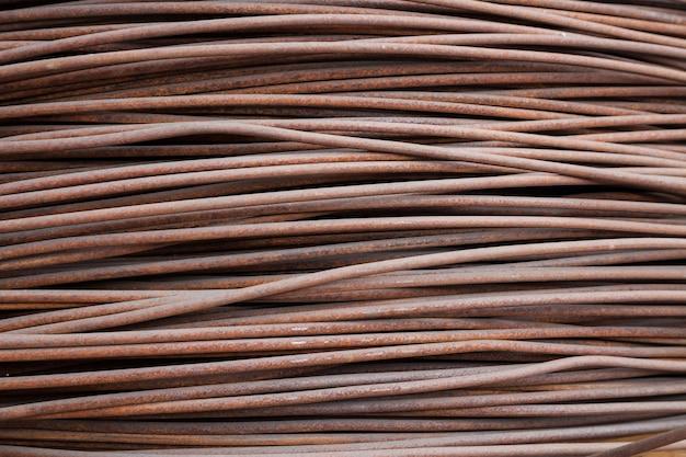 Armadura de alambre oxidado