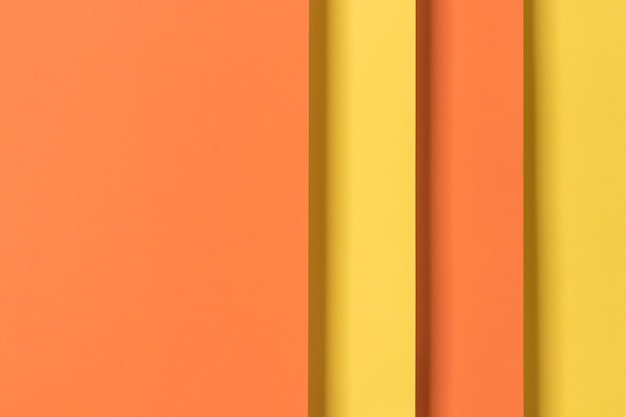 Armario amarillo y naranja
