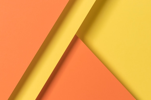 Armarios amarillos y naranjas
