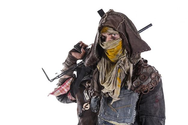 Armas apasionadas del sobreviviente del apocalipsis