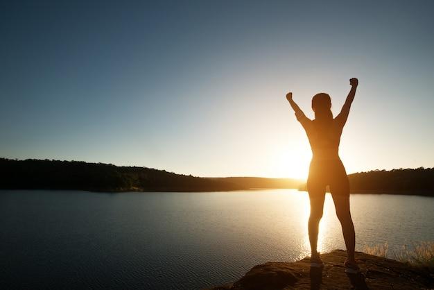 Armonía en busca de sol rayo de la aptitud