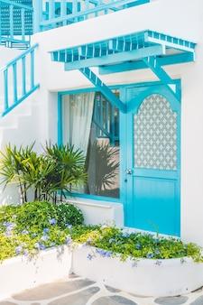 Arquitectura hermoso pueblo de viajes egeo
