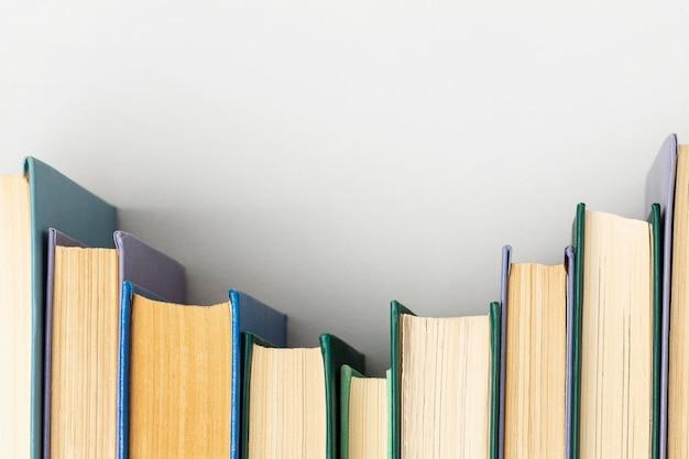 Arreglo creativo del día mundial del libro