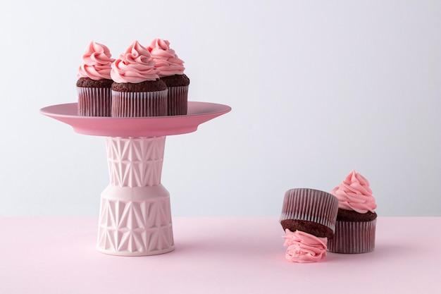 Arreglo de deliciosos cupcakes