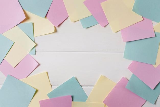Arreglo del día del jefe con notas adhesivas