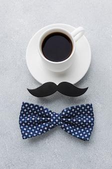 Arreglo del día del padre con café