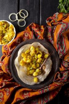 Arreglo de dosa indio nutritivo