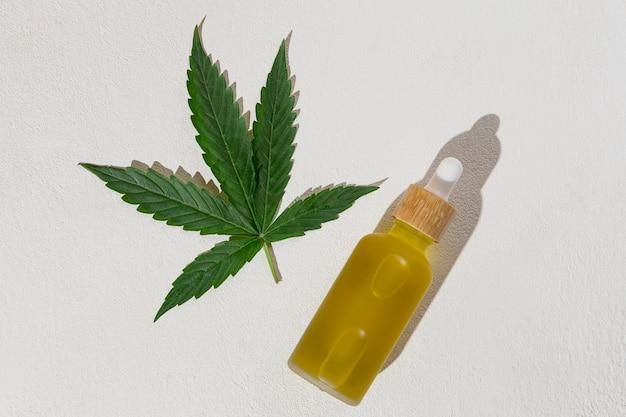 Arreglo de gotero de aceite de cbd orgánico