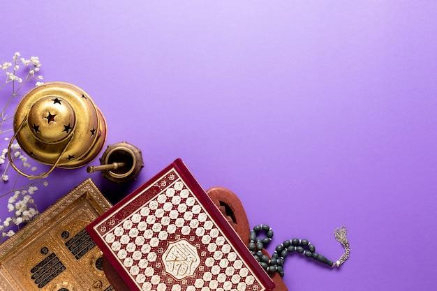 Arreglo islámico de año nuevo con copia espacio.