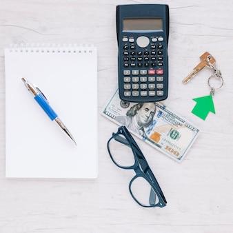 Arreglo de lugar de trabajo de agente de bienes raíces