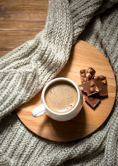Arreglo de taza de café vista superior