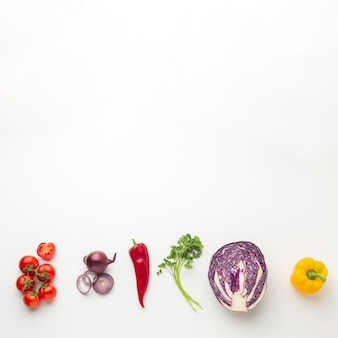 Arreglo de verduras vista superior
