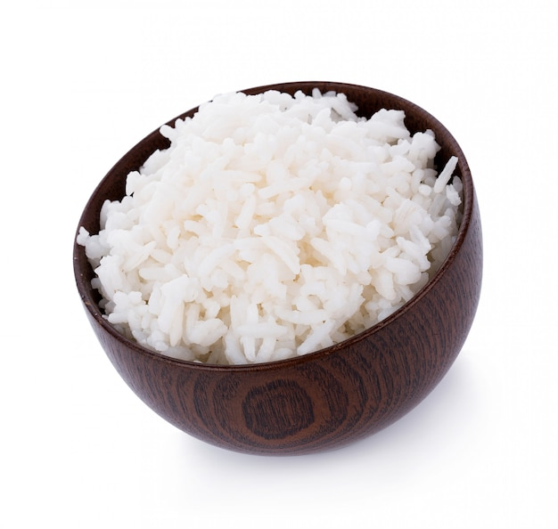 Arroz en un recipiente aislado