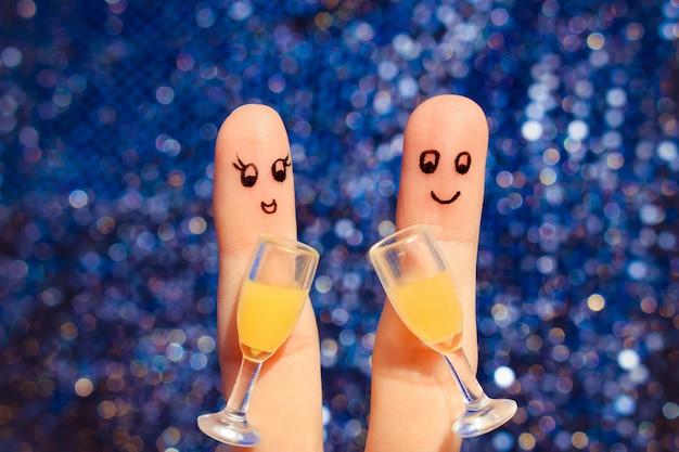 Arte del dedo de una pareja feliz. pareja haciendo buen ánimo.