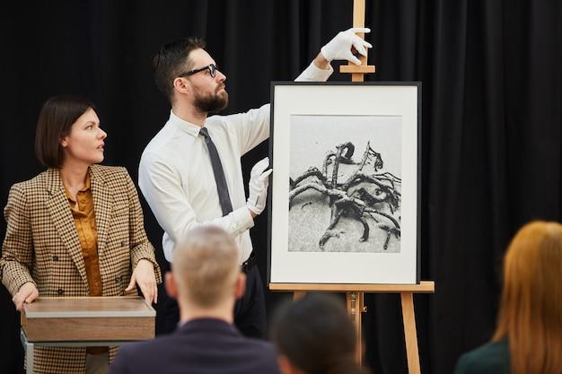 Arte moderno en conferencia de negocios