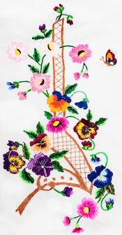 Artes y artesanías populares de bordado ucraniano