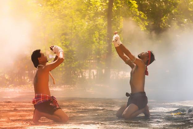 Artes marciales del muay thai, boxeo tailandés, muay thai