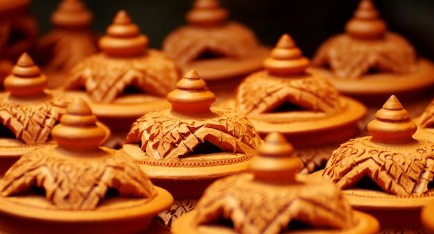 Artesanías de coctelera, alfarería de los tailandeses