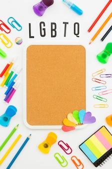 Artículos de papelería de espacio de copia de concepto de orgullo gay
