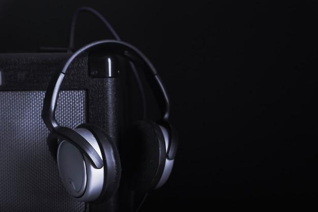Auriculares en el amplificador