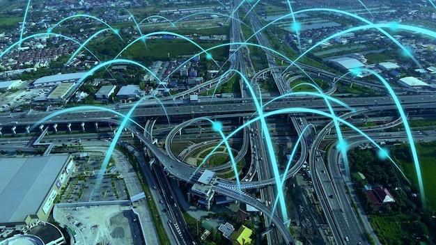 Autopista de ciudad digital inteligente con gráfico de globalización de red de conexión