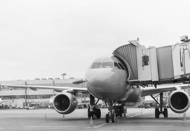 Avión antes de la salida