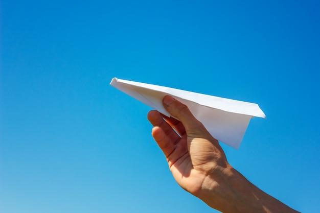 Avion de papel