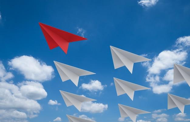 Aviones de papel de renderizado 3d para el concepto de liderazgo