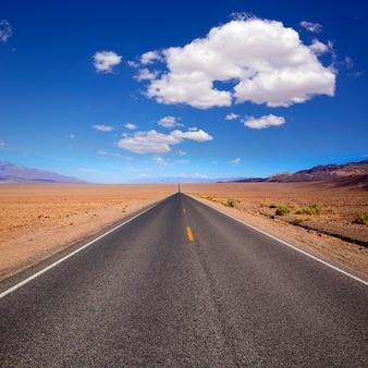 Badwater road parque nacional del valle de la muerte de california
