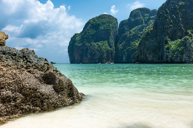 Bahía maya isla phi phi leh