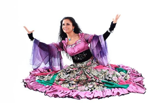 Bailarina gitana. danza gitana. un espectáculo de danza