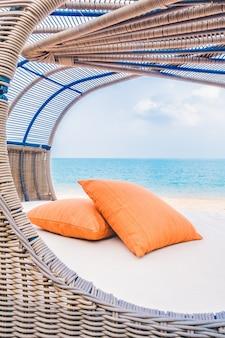 Balcón tropical silla de vida en la isla