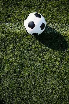 Balón de fútbol en línea
