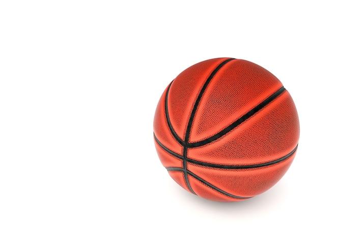 Baloncesto en aislar el fondo blanco