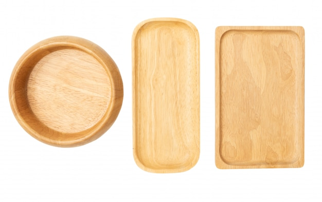 Bandeja de madera y plato vajilla aislado fondo onwhite