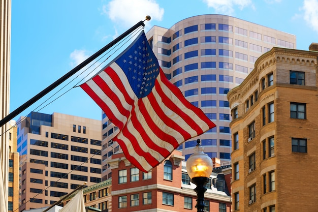 Bandera americana en el centro de boston massachusetts