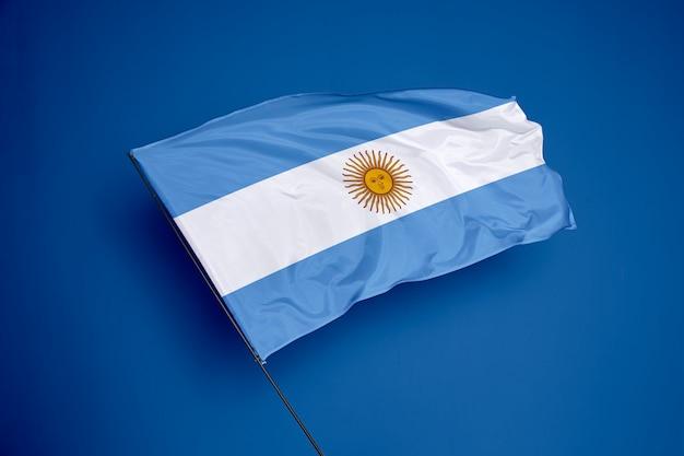 Bandera argentina en el fondo