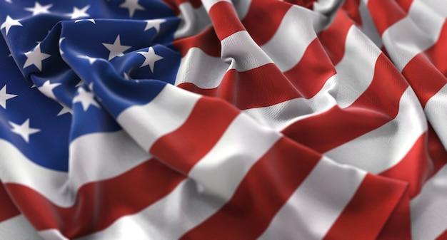 Bandera de los estados unidos ruffled bellamente agitando macro primer plano