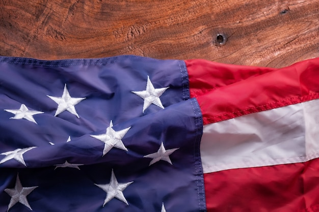Bandera estadounidense en madera