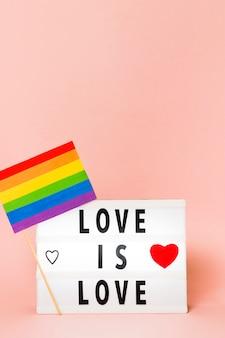 Bandera del orgullo gay en concepto de colores del arco iris