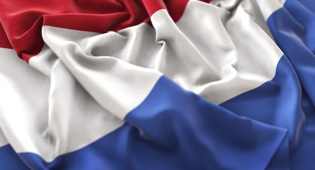 Bandera de los países bajos ruffled maravillosamente acurrucado horizontal primer plano color