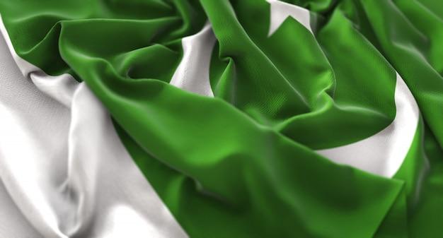 Bandera de pakistán ruffled bellamente acurrucado horizontal primer plano