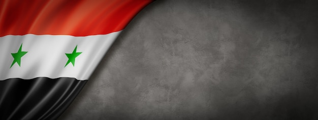 Bandera de siria en muro de hormigón. panorámica horizontal. ilustración 3d