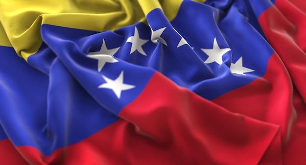 Bandera de venezuela ruffled bellamente agitando macro foto de primer plano