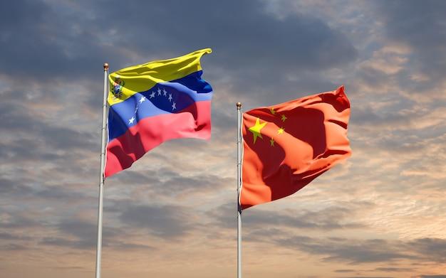 Banderas estatales nacionales de venezuela y china juntas