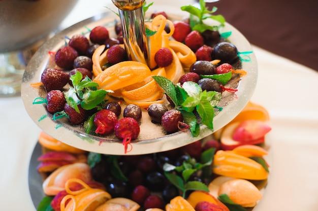 Banquete de bodas en un restaurante, fiesta en un restaurante