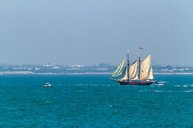 Barco johanna lucretia boat