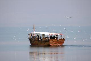 En barco por el mar de galilea