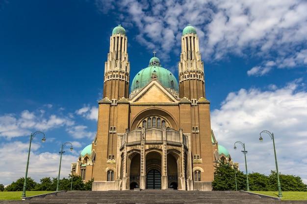 Basílica del sagrado corazón en bruselas, bélgica