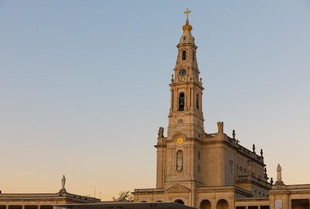Basílica del santuario de nuestra señora de fátima en portugal